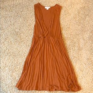 Forever 21 dress size small tan brown